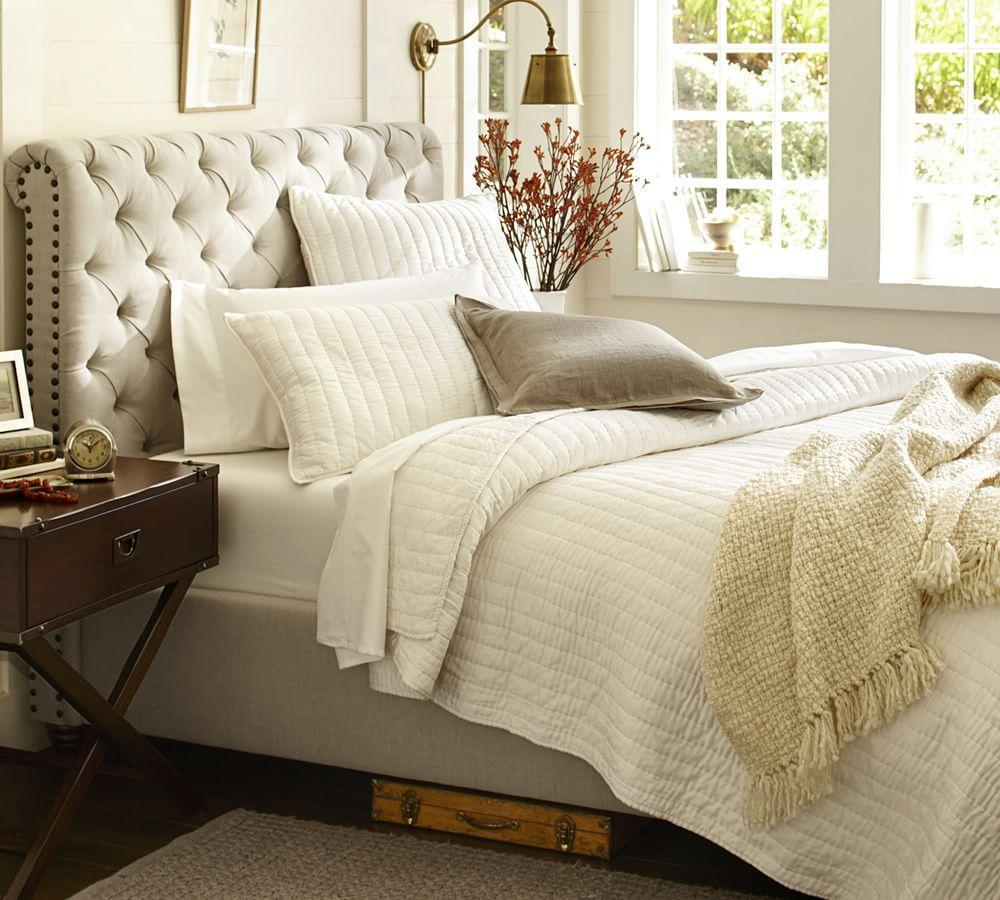 chesterfield upholstered bed headboard pottery barn. Black Bedroom Furniture Sets. Home Design Ideas