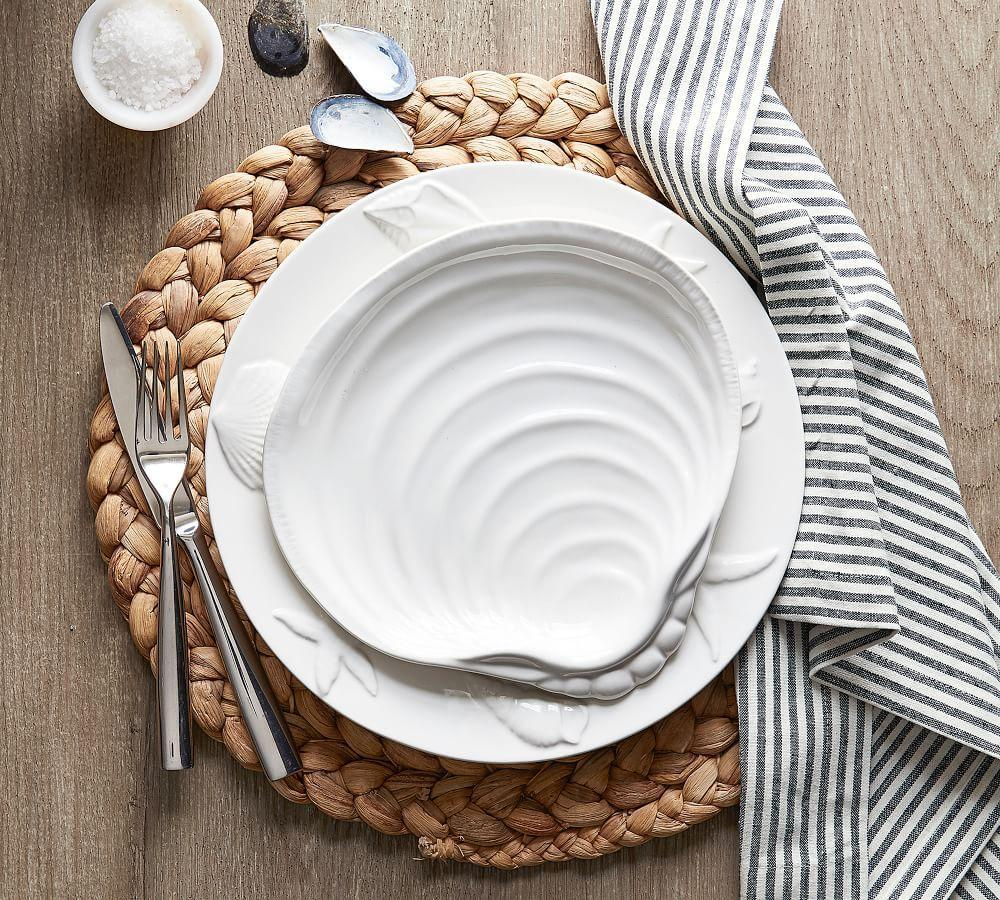 Round Water Hyacinth Placemat