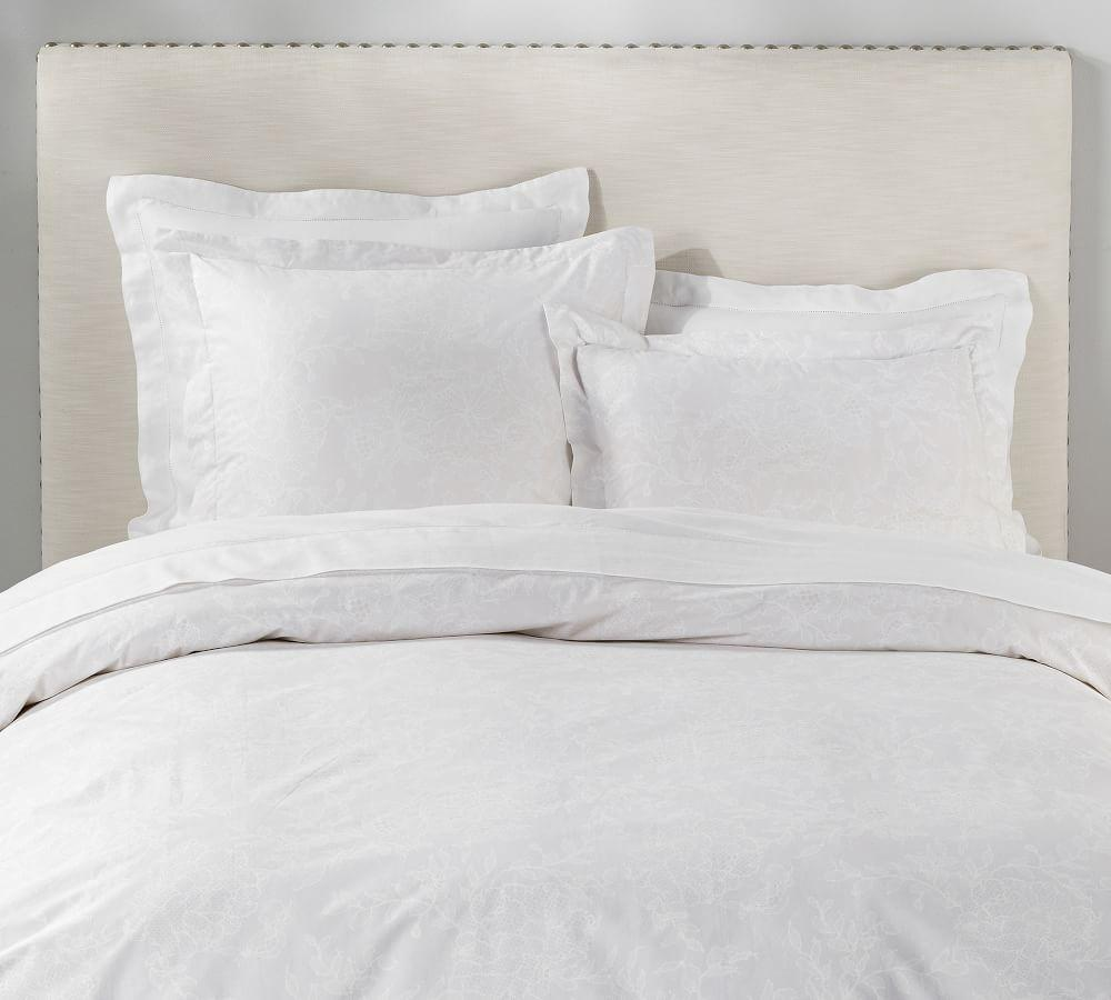 Monique Lhuillier Aster Lace Print Organic Quilt Cover & Pillowcase