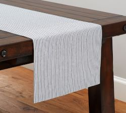 Table Runners & Tablecloths