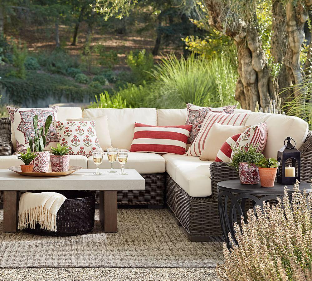 Indoor & Outdoor Leandra Reversible Stripe Cushion