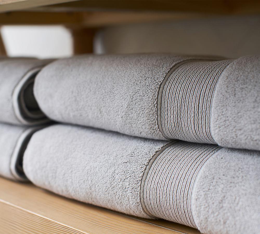 PB Classic 820-Gram Weight Bath Towels