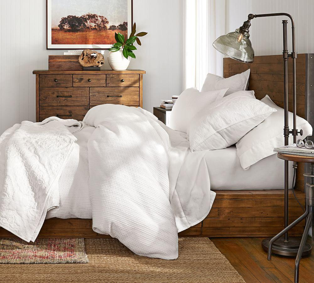 Medallion Washed Cotton Coverlet & Pillowcases