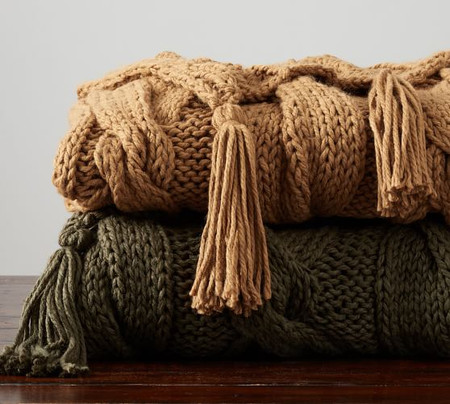 Bluma Chunky Knit Tassel Throws
