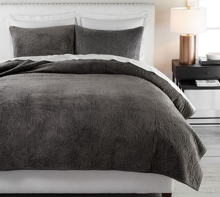 Velvet Medallion Coverlet & Pillowcases